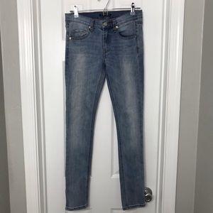 Brandy Melville Light Wash Skinny Jeans